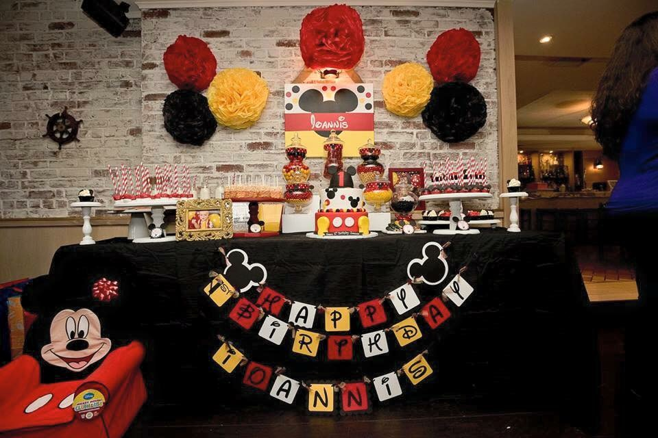 Mickey Mouse themed birthday party